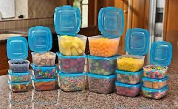 Mr Lid The Plastic Containers With Lids Attached As Seen